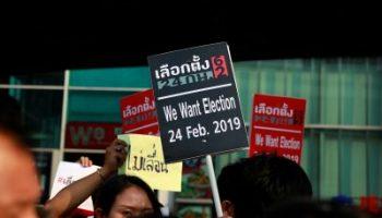 2019-01-06T094106Z_443714656_RC1F97397C80_RTRMADP_3_THAILAND-POLITICS-1-400×267.jpg