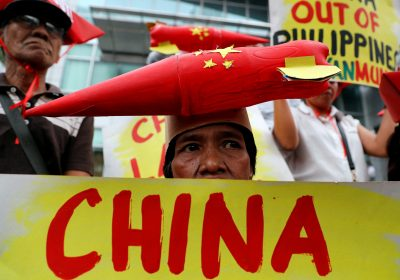 2018-02-10T080134Z_1285083108_RC19830AC460_RTRMADP_3_SOUTHCHINASEA-PHILIPPINES-PROTESTS-400×280.jpg