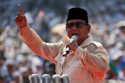 2019-04-12T060149Z_1312607823_RC1814D33530_RTRMADP_3_INDONESIA-ELECTION-STRATEGY-400×267.jpg