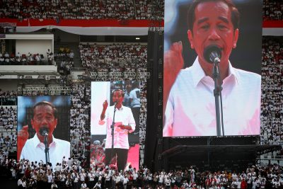 2019-04-13T095218Z_1611703618_RC11E15EEA60_RTRMADP_3_INDONESIA-ELECTION-400×267.jpg