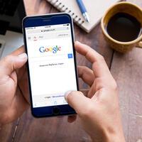 Google_mobile_may23_shutterstock.jpg