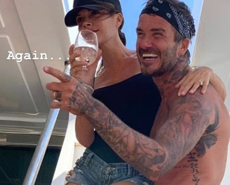 17600466-7386573-Cosy_David_and_Victoria_Beckham_looked_happier_than_ever_as_they-a-165_1566550025704.jpg