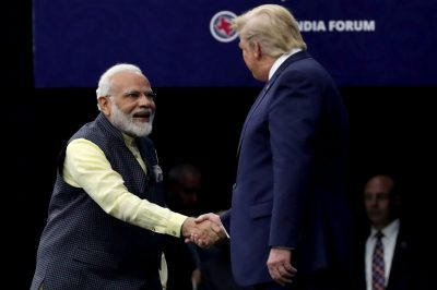 2019-09-22T173415Z_118917941_RC1F9661B0D0_RTRMADP_3_USA-INDIA-400×266.jpg