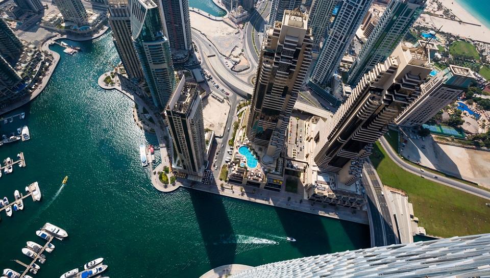 Dubai_UAE_shutterstock_May22.jpg