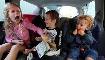 kids-in-car.jpg