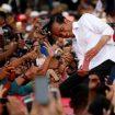 2019-03-24T135637Z_671213832_RC16B3597630_RTRMADP_3_INDONESIA-ELECTION-JOKOWI-400×260.jpg