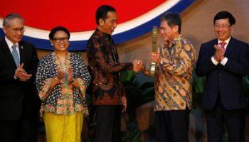 2019-08-08T030006Z_417808226_RC1D21433BD0_RTRMADP_3_INDONESIA-ASEAN-JAKARTA-400×253.jpg