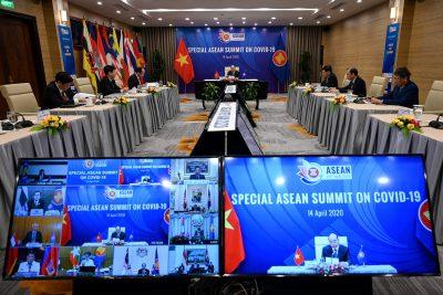 2020-04-14T025041Z_1201178588_RC224G9E9KP1_RTRMADP_3_HEALTH-CORONAVIRUS-VIETNAM-ASEAN-400×267.jpg