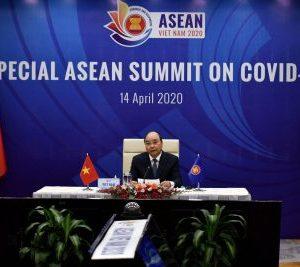 2-HEALTH-CORONAVIRUS-VIETNAM-ASEAN-2-400×267.jpg