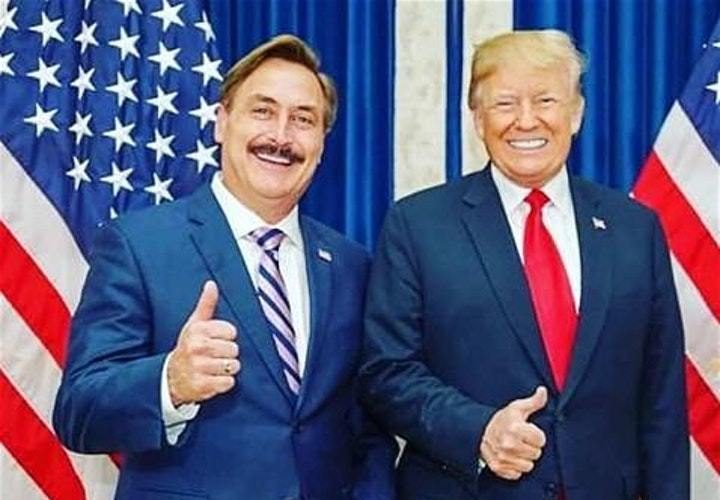 Pillow-Guy-and-Trump.jpg