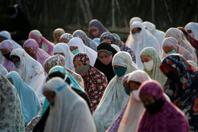 2020-07-31T004615Z_446707345_RC204I9MV76F_RTRMADP_3_RELIGION-EID-INDONESIA-400×267.jpg
